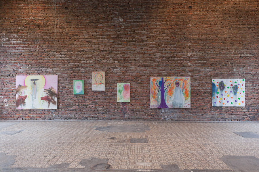 TOTALE 10 / installation view